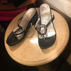 Avon black and silver thing wedge heel
